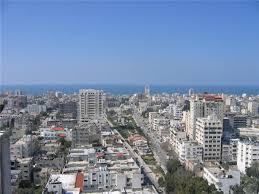 شهيدين في قصف مدفعي صهيوني على غزة اول يوم العيد
