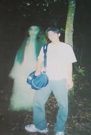 http://mata-80.forum-motion.com/bicarakan-di-sini-f1/gambar-hantu-t16.htm