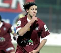 http://visionfutbol.wordpress.com/2009/02/03/fabbiani-es-un-irrespetuoso-y-poco-profesional/